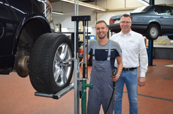 Zertifizierte Reifenmonteure