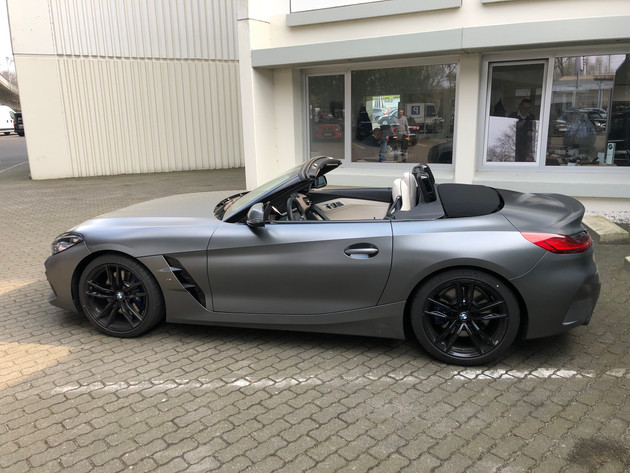 Z4 in Individuallackierung