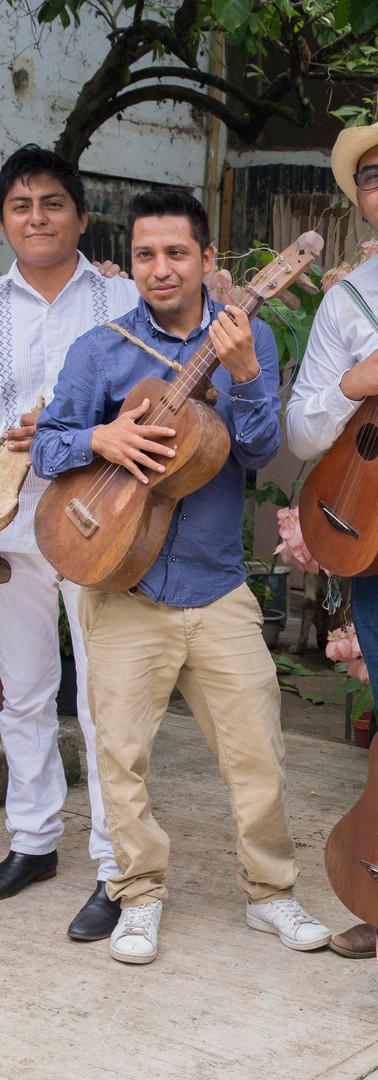 Los Cojolites, son jarocho band