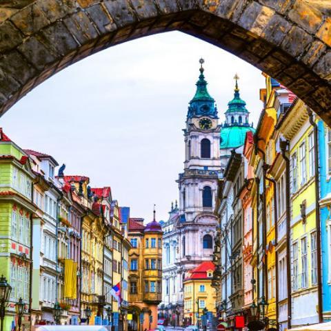 Almanya Ve Büyük Orta Avrupa