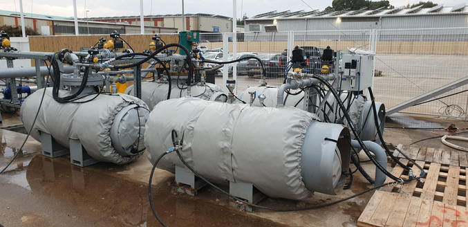 מערכת בידוד מיכלי מים בלחץ
