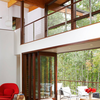 Modern Rustic Treehouse Open Layout - Mo
