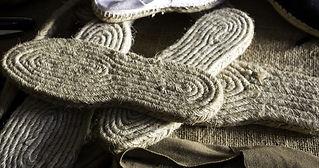 Esparto soles in shoe factory, productio