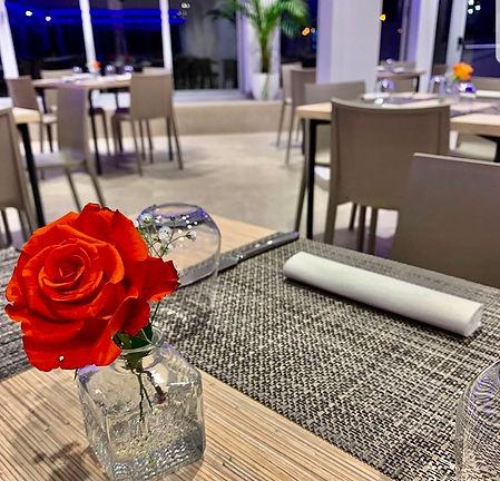 ristorante lido marechiaro con veranda vista mare
