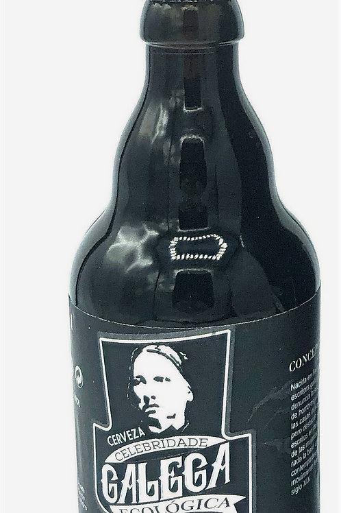 Cerveza de espelta negra Concepción Arenal