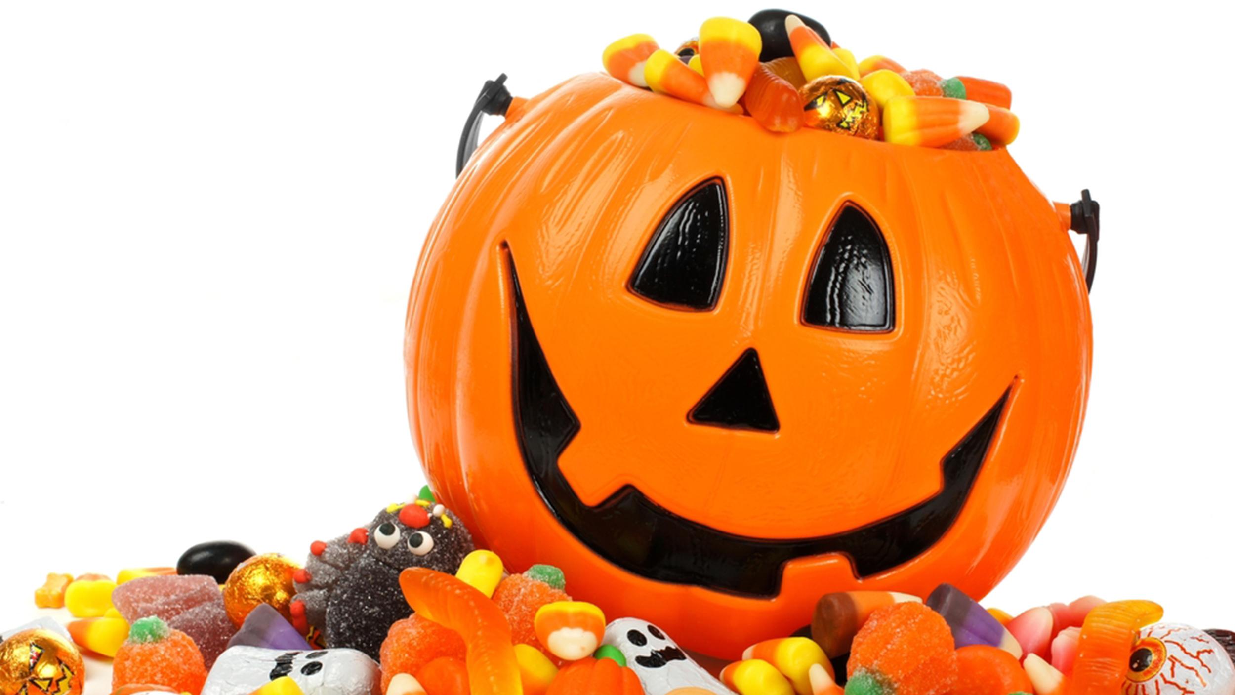 the worst halloween candy for your teeth   finkelmeier   carmel