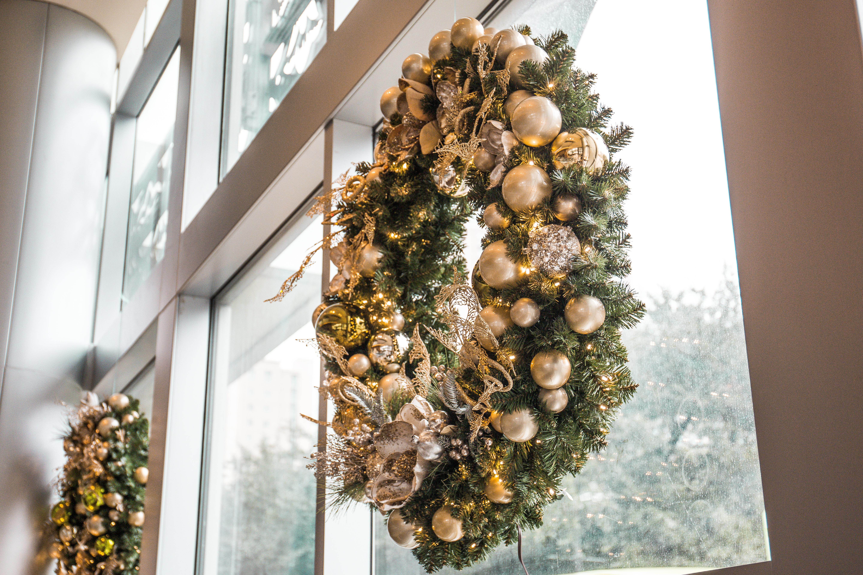 3 - Hilton wreaths.jpg