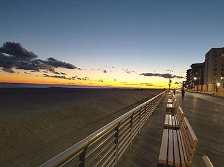 2880px-Long_Beach,_NY_boardwalk_at_sunse