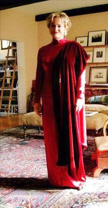 Lily Kilvert's Oscar Dress and stole