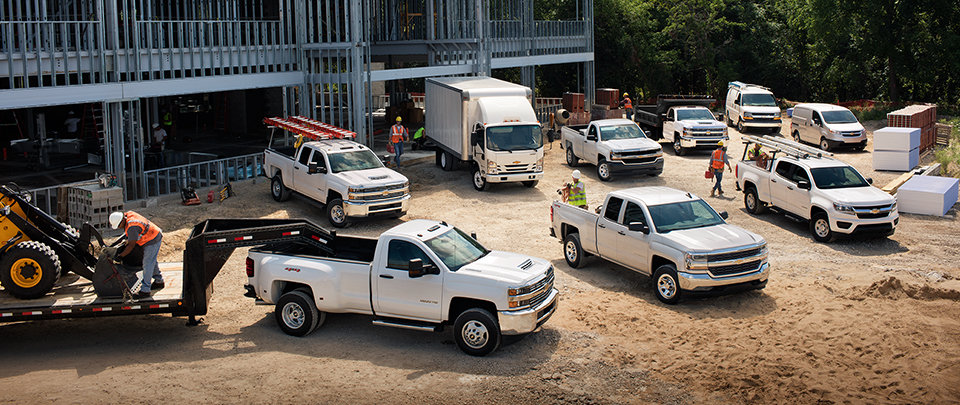 2018-gmfleet-trucks-overview-lineup-960x405