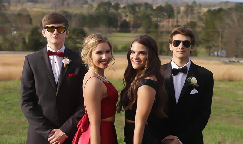 prom4.png