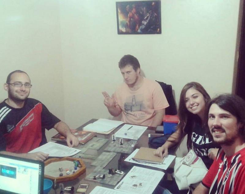 Jogadores de RPG em uma partida de DnD 5a