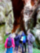 entrando cueva del hundidero.jpg