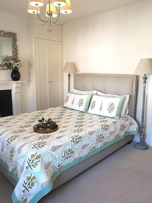 Modern Yellow Trellis Garden Quilted Bedcover