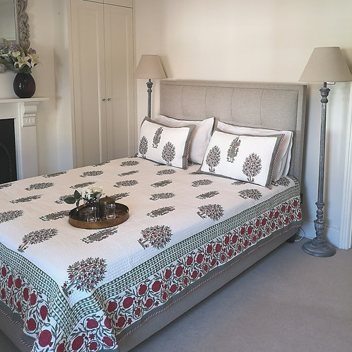 Apple Orchard Quilted Bedcover