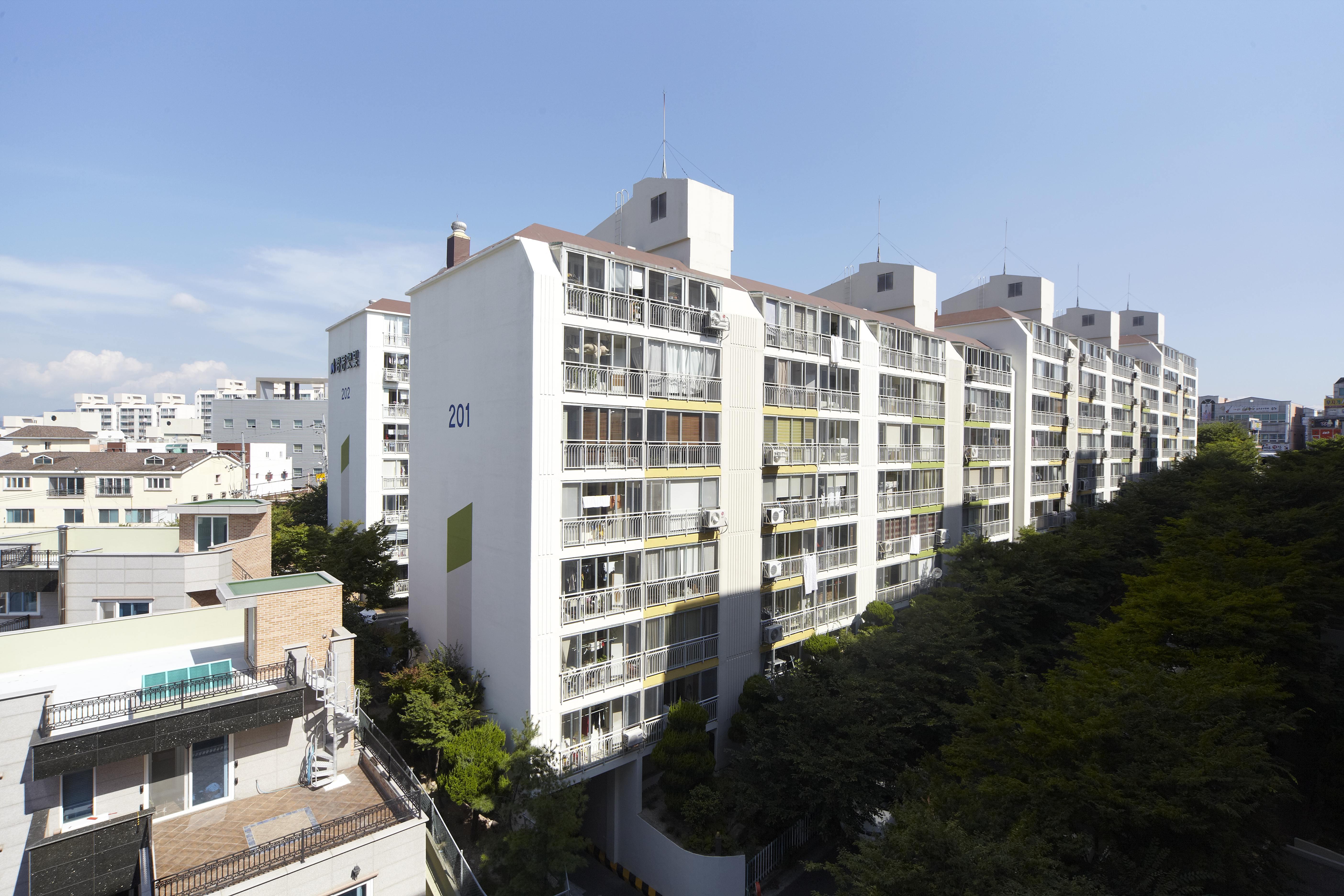 성안 햇빛마을 아파트 (2001.10)