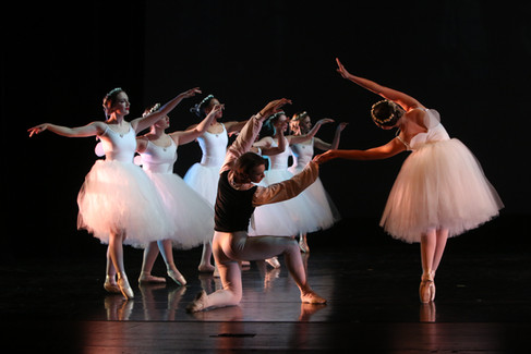 duPont Manual High School 2016 Flux Dance Showcase