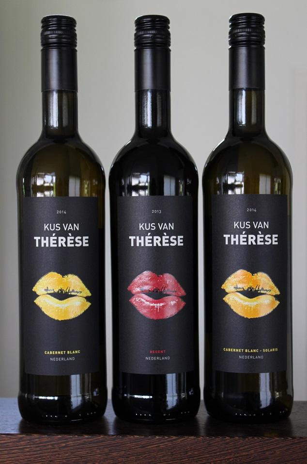Kus_van_Thérèse_-_nieuwe_flessen.jpg