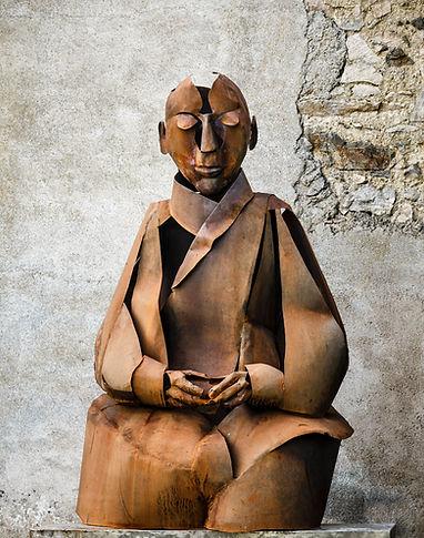 figuratif metal sculptures