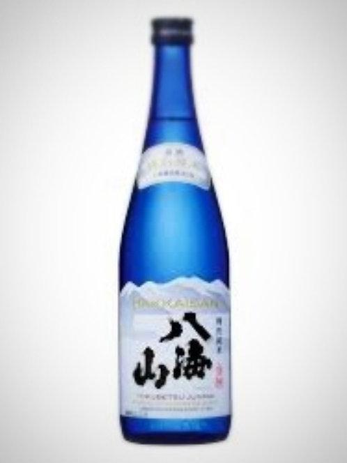 Hakkaisan Tokubetsu Junmai Sake 八海山特別純米酒 720ml