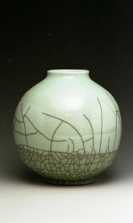 Longquan Brother clay pot