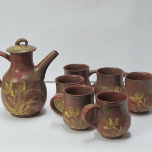 WONG May-lee 黃美莉 Iron glazed cups with thoroughwort pattern 蘭草鐵釉杯