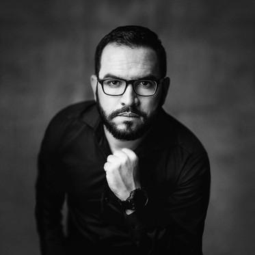 Ronilson Oliveira   Broker da RE/Max West