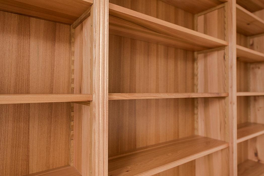 hofschreinerei m bel und k chen aus heidelberg lisenen und zahnleisten. Black Bedroom Furniture Sets. Home Design Ideas