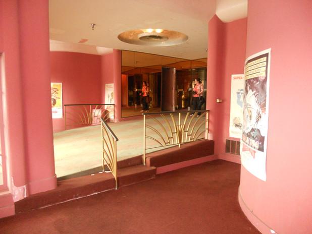 Lobby step down area