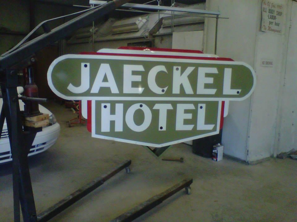 Jaeckel Hotel Sign