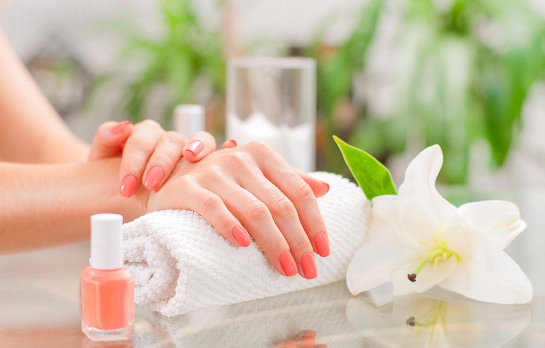 Luxury Spa Gel Manicure