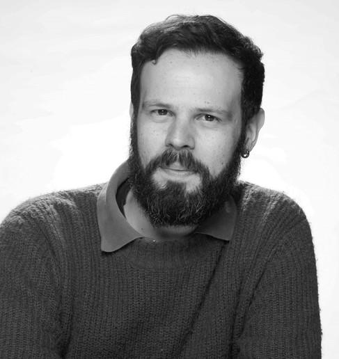 Thiago Ledier - Diretor e tradutor