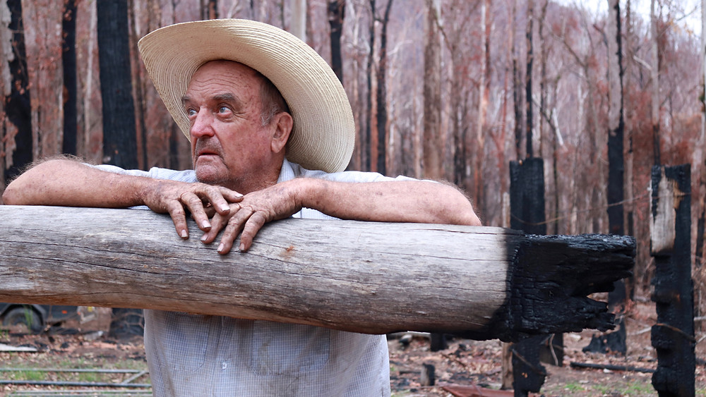 Grace and Hugh- Piano Pushers: Elderly Farmer Crying after bushfire disaster Nymboida (Grace and Hugh Piano Songwriter Blog)