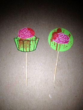 Bloody brain cupcake picks