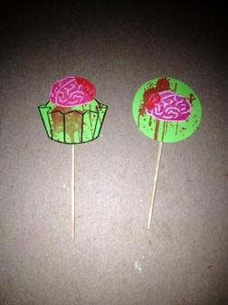 Bloody brain cupcake picks