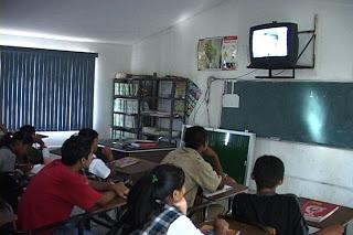 Telesecundaria: el reto de mejorar el aprendizaje de los estudiantes indígenas