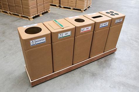 Afvalstraatje kartonnen afvalbak
