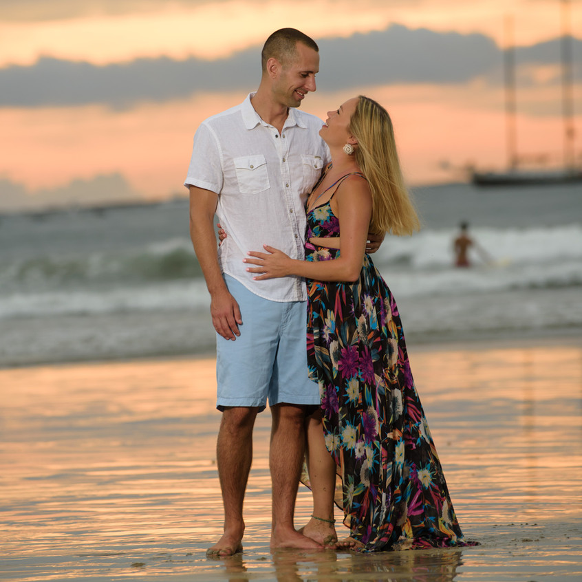 Couples photos in Tamarindo.