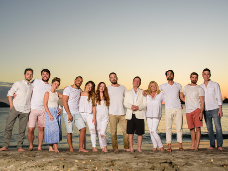 A Costa Rica Holiday Family Reunion Photoshoot