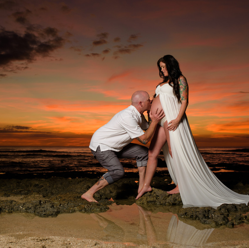 Best place to get pregnancy photos at the beach in Costa Rica