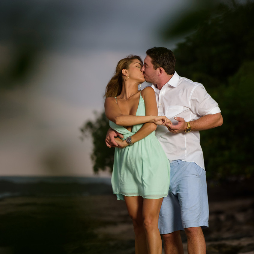 Tamarindo candid couples photos