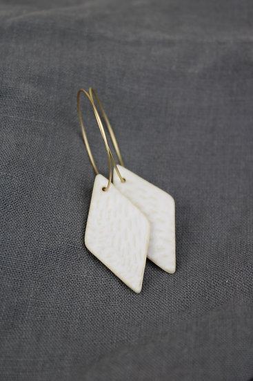 Earrings  |  Diamond White Pebble