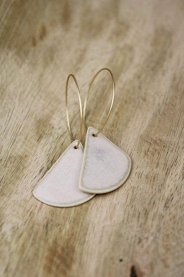 Earrings  |  Rounded Triangle Sandy Pink