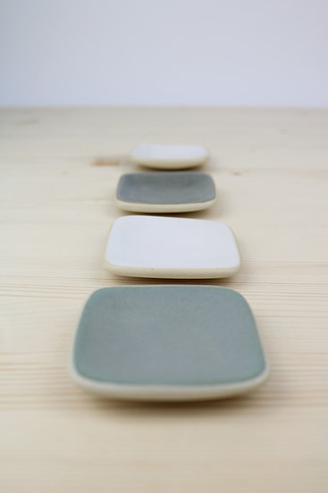 Tiny Wobble Plate  |  White, Charcoal, Grey Blue + White Wood Grain