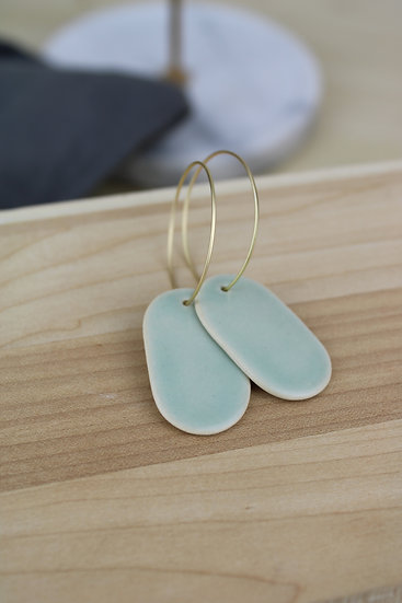 Earrings  |  Oval Soft Green
