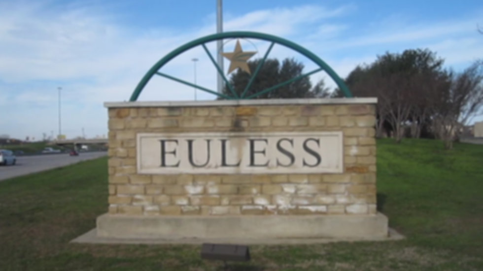 MVI_2745_Euless%2C_TX%2C_welcome_sign_ed