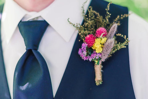 Dried Flower Sweet Annie Spring Themed Boutonniere