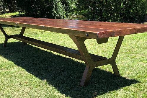 ReclaimedTimber Table