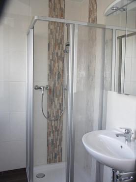 Badezimmer 4.jpg
