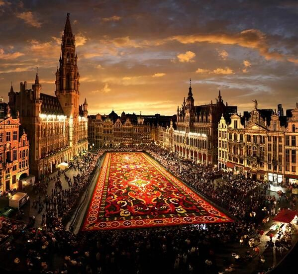 grand-place-brussels-main-square-7